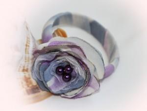 Bratari handmade pentru femei, realizate din voal si perle