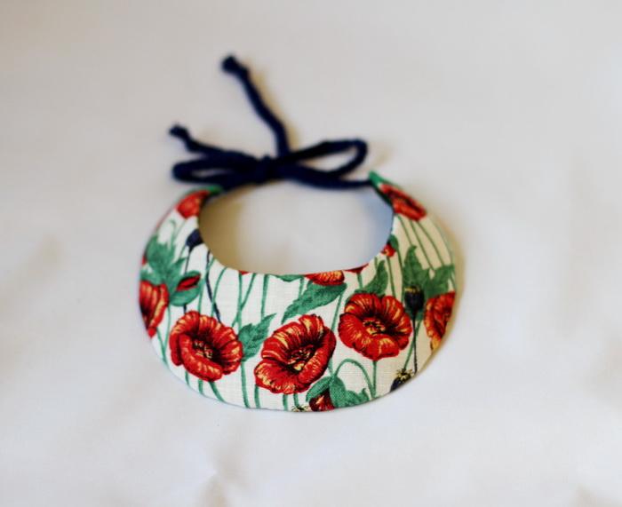 Bijuterii handmade din fetru si dantela-coliere (5)