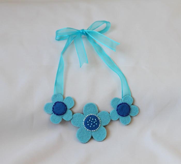 Bijuterii handmade fetru-colier flori (5)