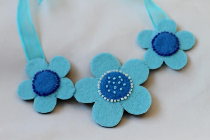 Bijuterii handmade fetru-colier flori (8)