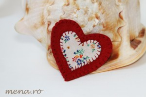 bijuterii brose handmade de ziua femeii