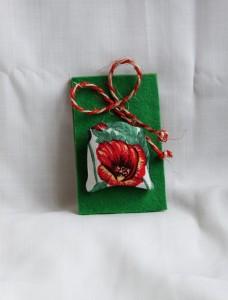 Bijuterii brose handmade flori si fetru