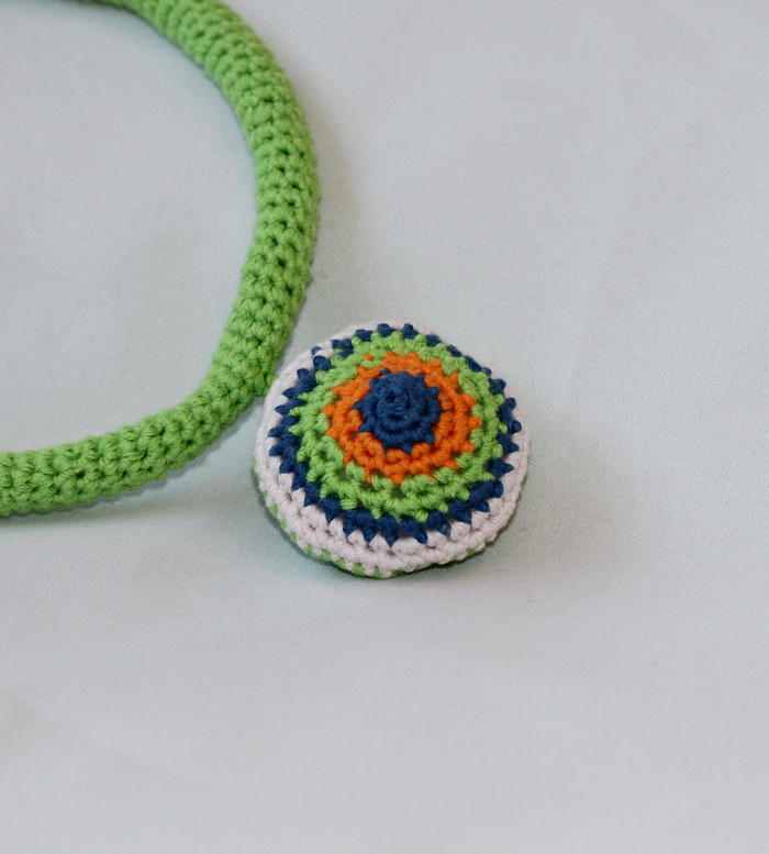 Colier handmade crosetat (5)