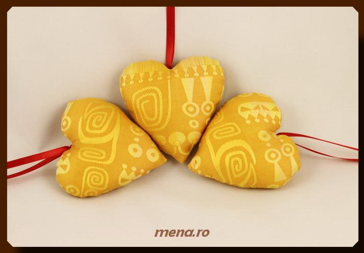 Globuri textile,decoratiuni handmade Craciun (16)
