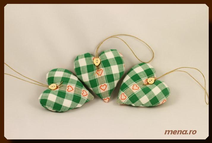 Globuri textile,decoratiuni handmade Craciun (7)