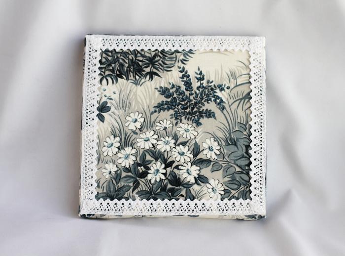 Tablou textil handmade flori dantela (3)