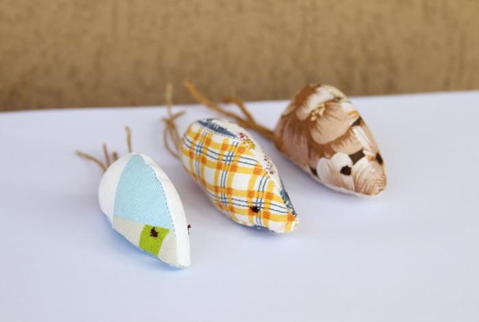 Tutorial handmade-cum sa faci jucarii pentru pisici (19)