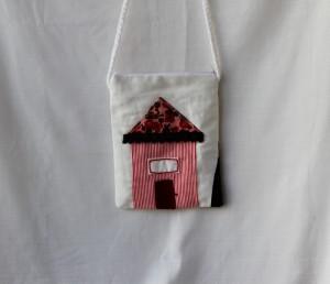 Poseta handmade cu casa din panza alba groasa